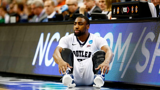Roosevelt Jones #21 of the Butler Bulldogs sits on the side of the court in the second half against the Texas Longhorns during the second round of the 2015 NCAA Men's Basketball Tournament at Consol Energy Center on March 19, 2015 in Pittsburgh, Pennsylvania.