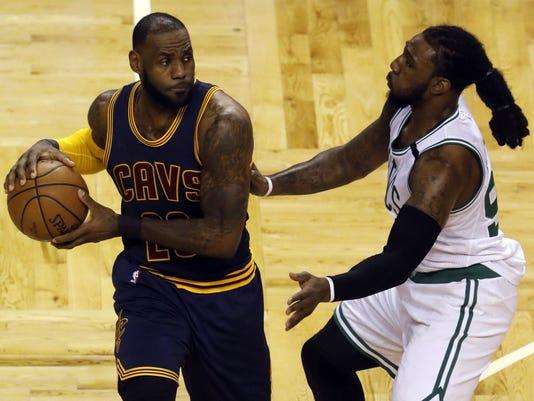 USP NBA: PLAYOFFS-CLEVELAND CAVALIERS AT BOSTON CE S BKN BOS CLE USA MA