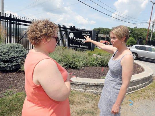 Gubernatorial candidate Cynthia Nixon speaks with Courtney