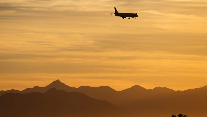 The Phoenix City Council demanded that the Federal Aviation Administration reverse changes to flight-path routes and directed city officials to do whatever is necessary to defend that goal.