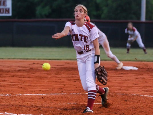 636289289396921267-sm2017-0427-district-1-7a-softball-championships-escambia-tate-0018.jpg