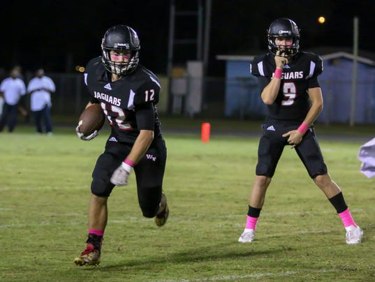 636447428991820308-sm2017-1027-phs-at-west-florida-football-0013.jpg