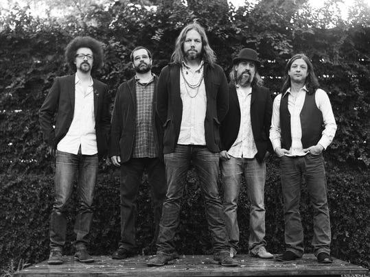 Rich Robinson Band Photo.jpg