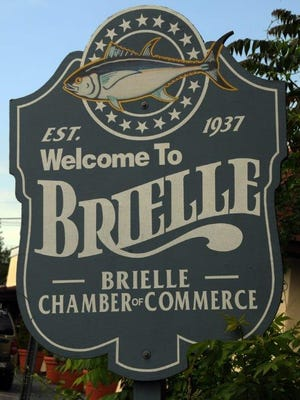 A sign welcomes visitors to Brielle.