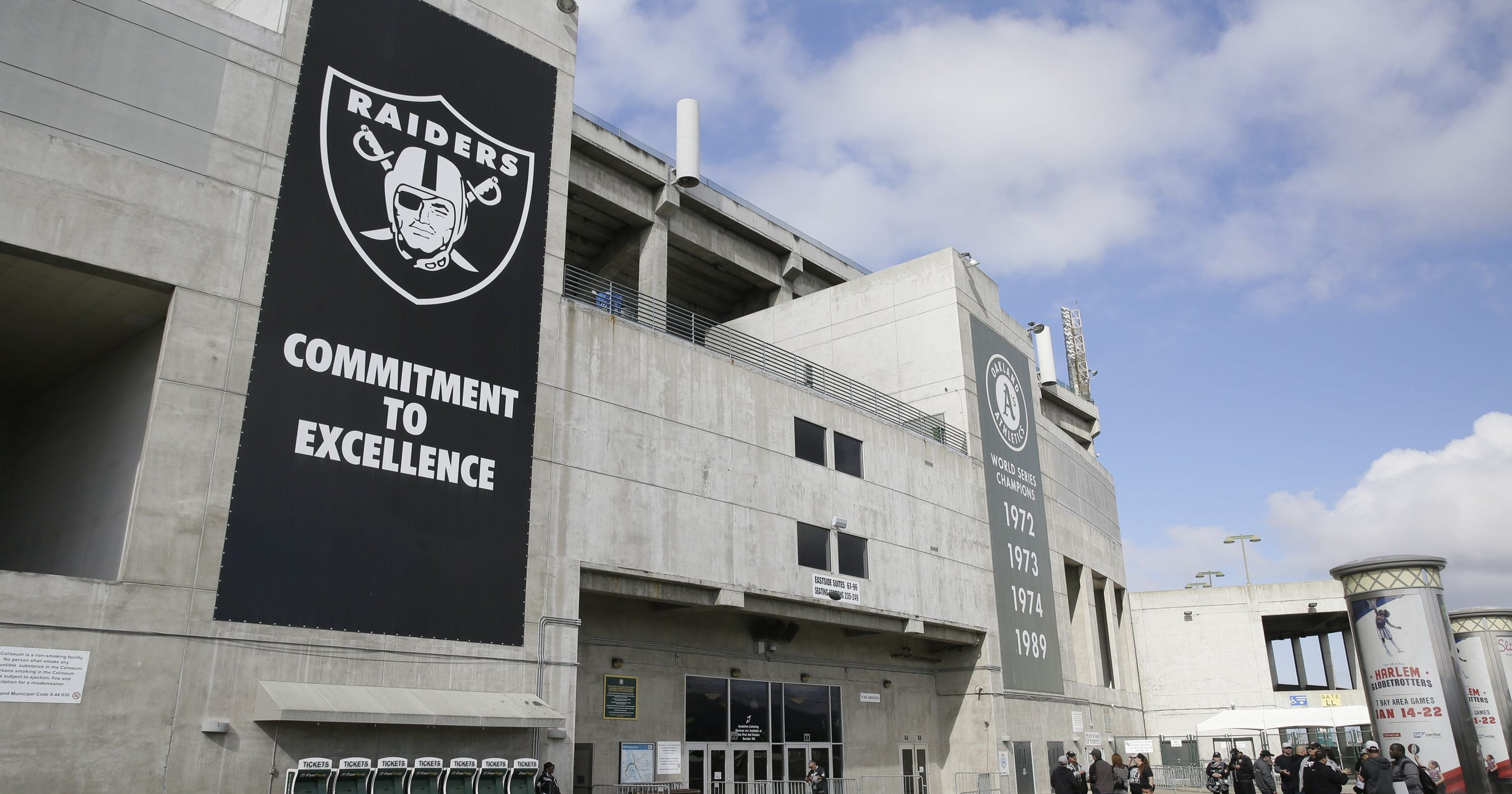 3a293a78938 Oakland Coliseum stadium authority doesn t want Raiders to return in 2019