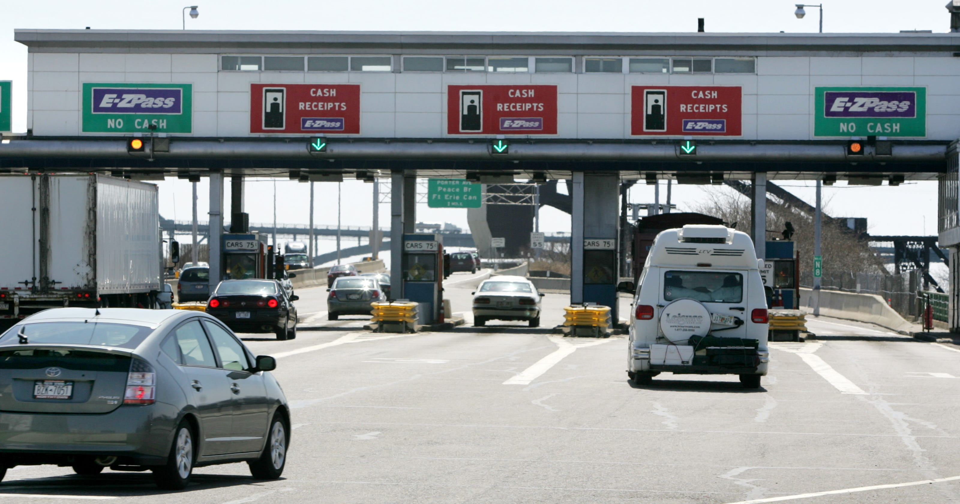 Thruway to get cashless tolls by 2020, Gov  Andrew Cuomo says