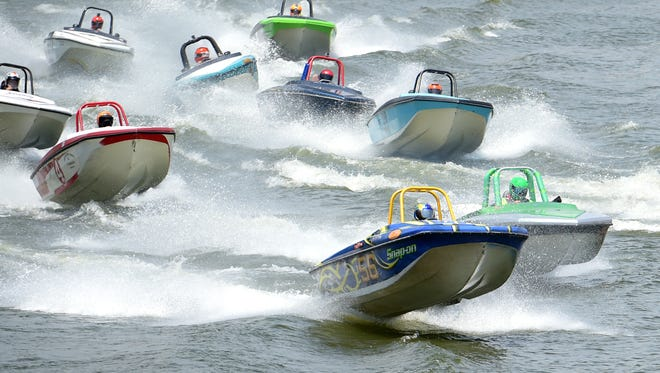 Tri-hull boats race around a 3-mile loop during the Toyota Thunder on the Cumberland near Riverfront Park in 2016.