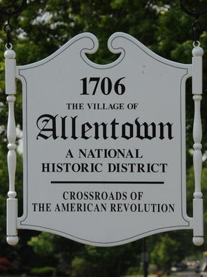 Welcome to Allentown sign