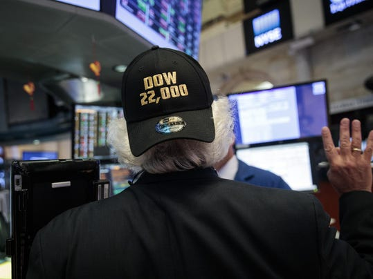 BESTPIX Dow Jones Industrial Averages Closes Over 22,000