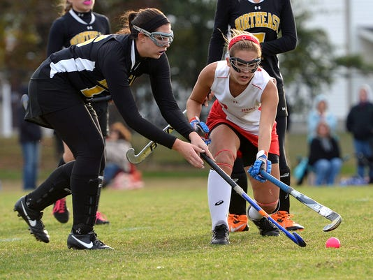 -le- JMB field hockey 3510.jpg_20131024.jpg