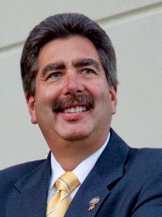 Carl Alaniz