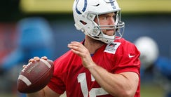 Indianapolis Colts quarterback Andrew Luck (12) throws