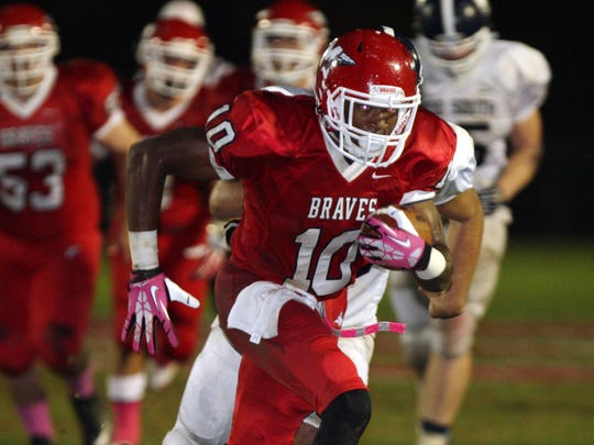 Manalapan's Saeed Blacknall (10) breaks free to score a touchdown against Middletown South  in a 2013 game.