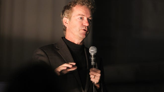 Republic presidential candidate Rand Paul speaks to guests on the Pentacrest on Monday, Oct. 12, 2015.