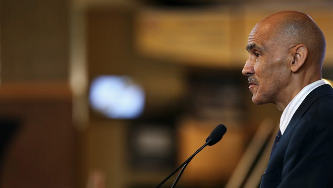 Former Indianapolis Colts head coach Tony Dungy tweeted on Thursday, August 17, 2017, urging people to raise money for the relocation of a Confederate statue in his county.