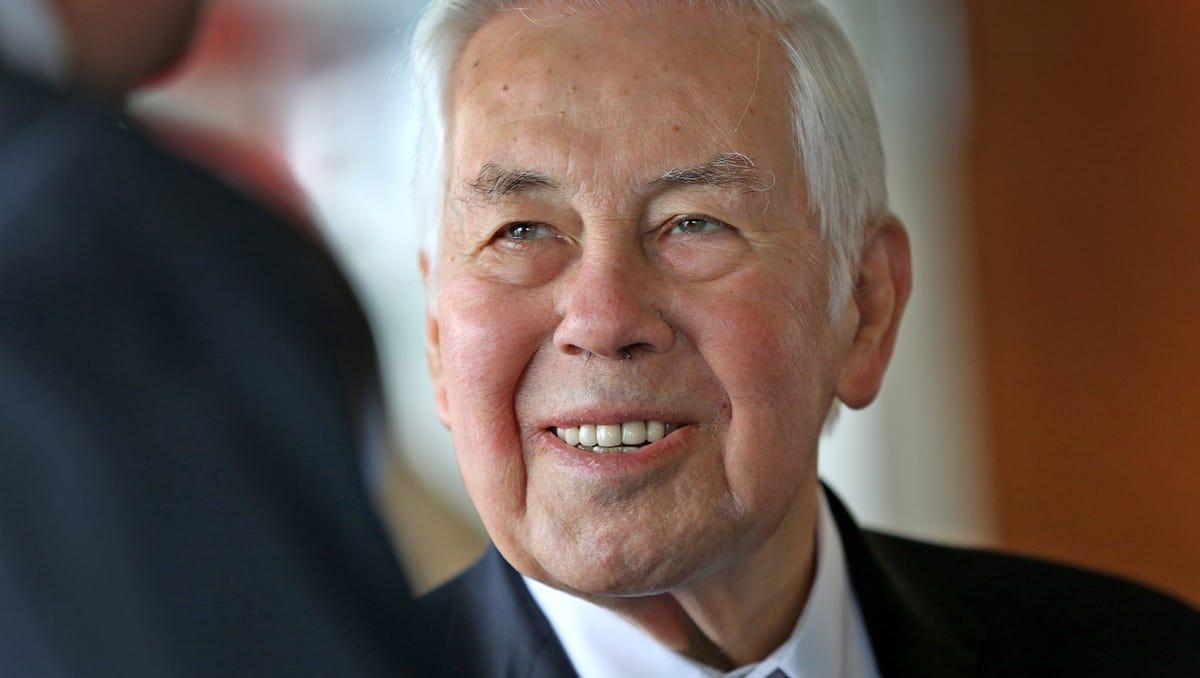 Photos: Senator Richard G. Lugar 1932-2019