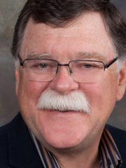 Dennis Holland