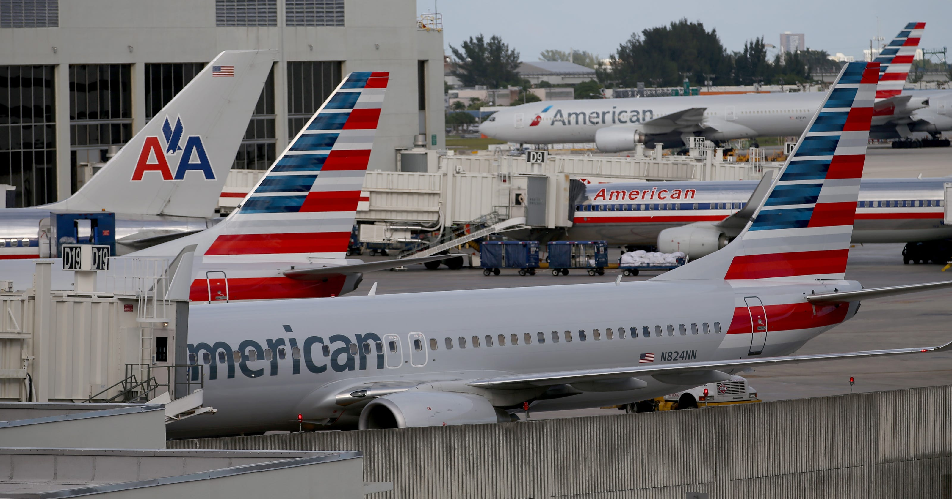 Us Airways Begins Its Fade Into History