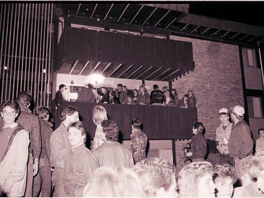 636295072469773029-LSJ-MS2015-129-B188-Cedarfest-Crowd-Cop-Stuff-10-24-1985-Killips-9.jpg
