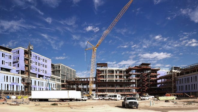 The new, William Beaumont Army Medical Center complex is under construction on 270 acres of Fort Bliss land at Spur 601 and Loop 375 in East El Paso.