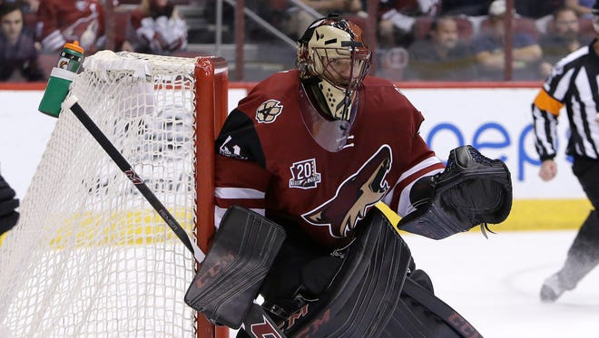 Goalie Mike Smith and the Coyotes in the lost their previous game to the Ottawa Senators on Thursday 3-2 in overtime.