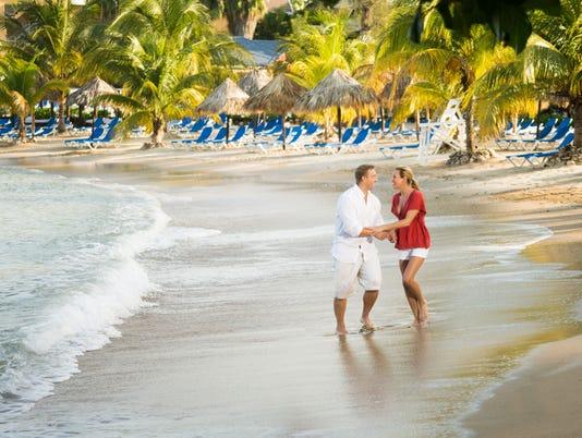 636471268242309431-CAPTION-25-credit-Jewel-Paradise-Cove.jpg