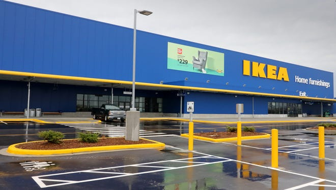 The Oak Creek IKEA is preparing to add an outdoor dining option through Sept. 30.