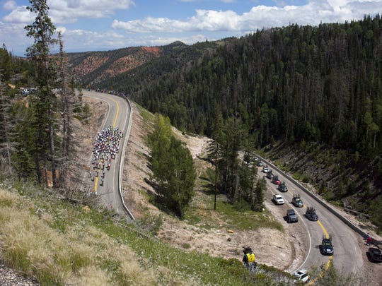 The 2014 Tour of Utah makes its way through Parowan