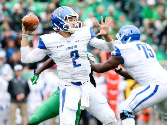 MTSU quarterback Austin Grammer prepares to make a