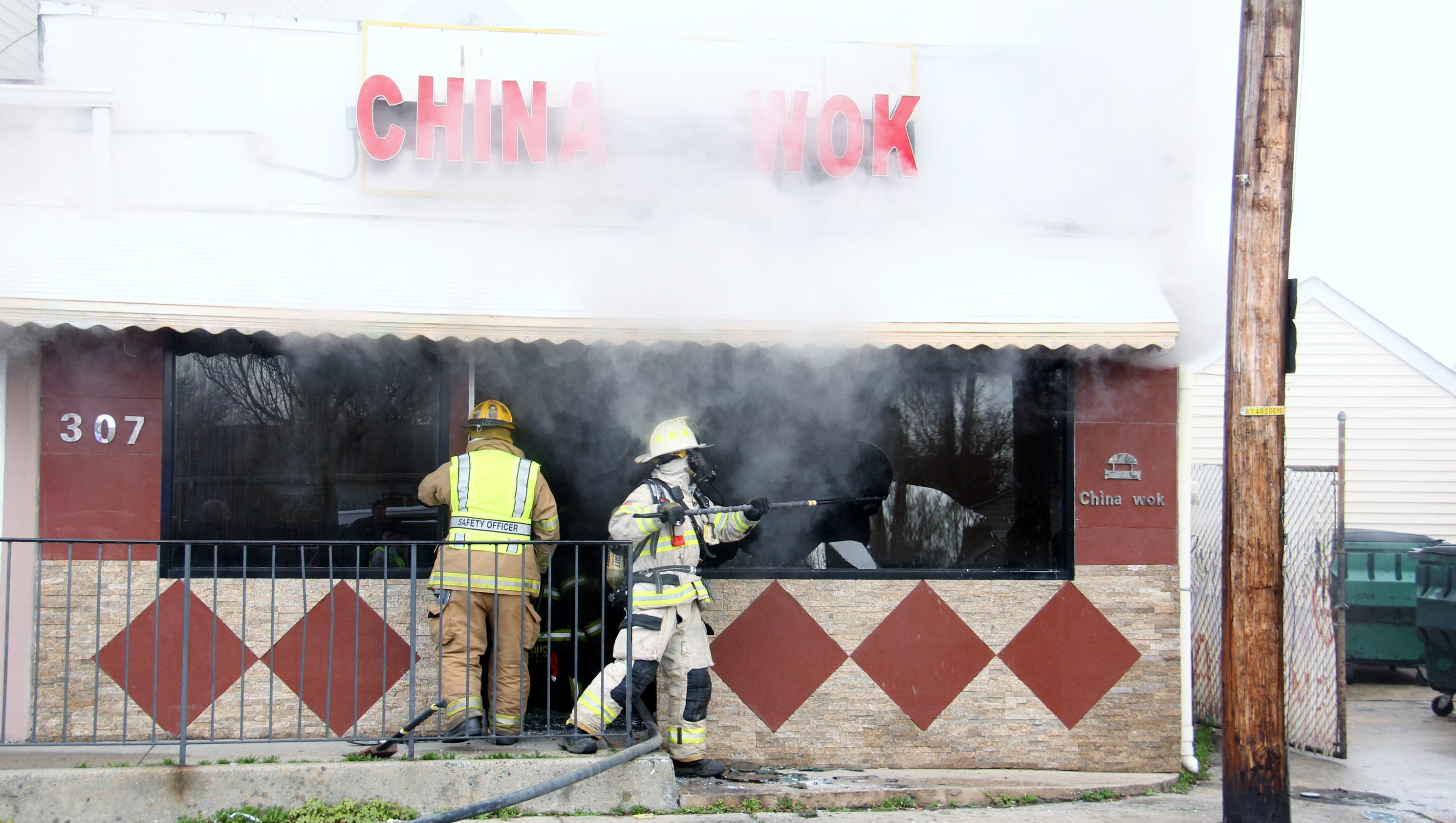 Firefighters snuff blaze at china wok in port monmouth for Asian cuisine ocean view nj