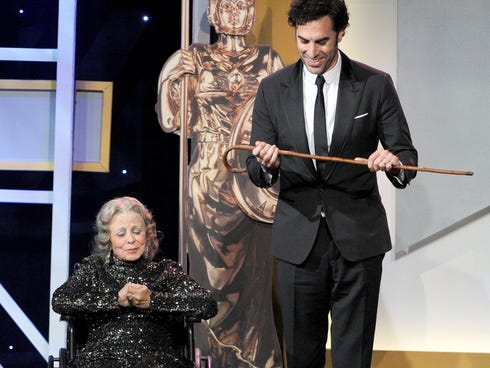 Sacha Baron Cohen stole the show with this stunt at the BAFTA LA Britannia Awards.