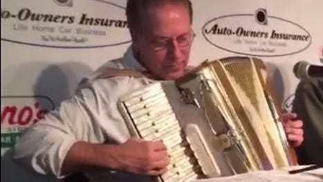 "Tom Izzo plays ""Jiggle Bells"" during weekly radio show."