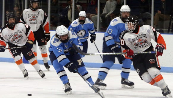 Mamaroneck defeated Pelham 7-0 in hockey action at