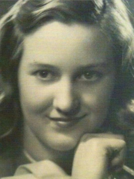 Lois Joan McDaniel