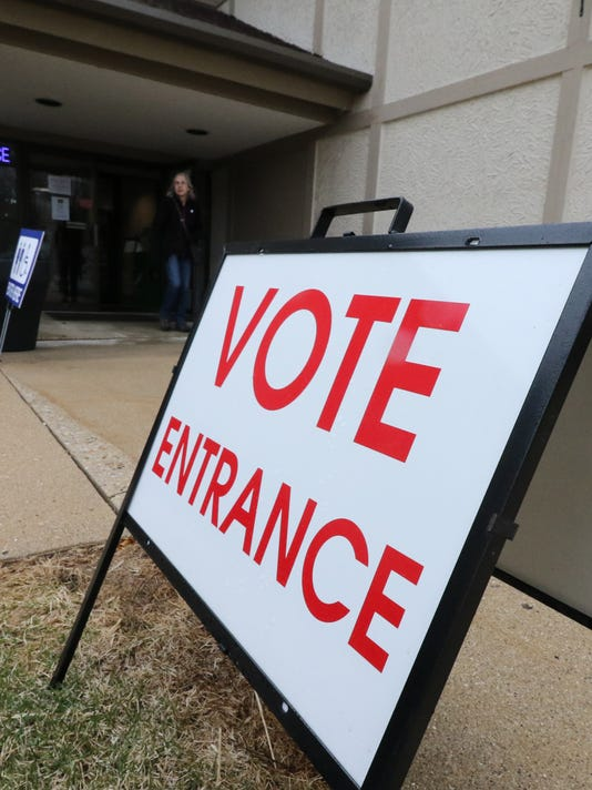 Voters turn out for Hartland poll