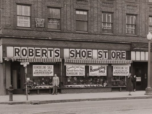 Roberts Shoe Store Minneapolis