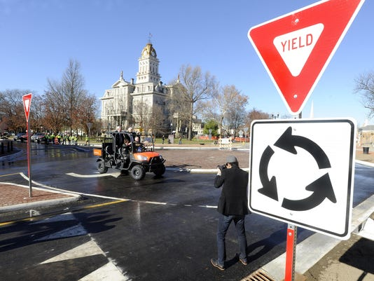 Newark opens first roundabout