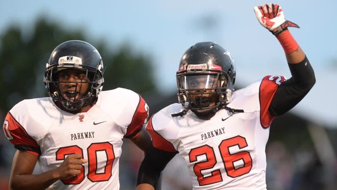 Parkway's Kaleb Monroe (right) and Lloyd Cole host a first-round game Friday night.