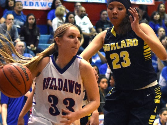 Las Cruces High's Sarah Abney (33) verbally committed