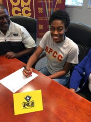 Former Byrd standout Diamond Willis, who has played the past two seasons at BPCC, signed with UNC-Wilmington on Wednesday.