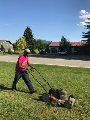 Rodney Smith Jr., a college student from Alabama, started Raising Men Lawn Care, a free lawn-cutting service for the elderly, disabled people and others.