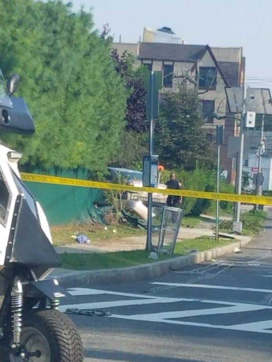 636373908311093698-new-rochelle-lincoln-avenue-accident.jpg