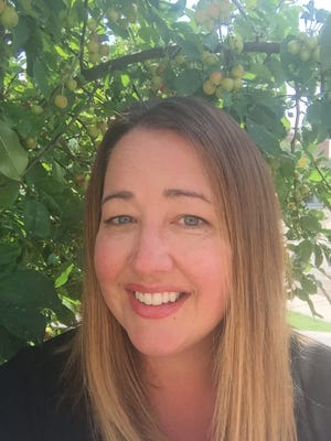 Jennifer Mason, an assistant district attorney, has applied for a vacant Williamson County commission seat.