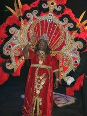 Krewe Harambee Queen XVIII Tara Sabbath meets her subjects