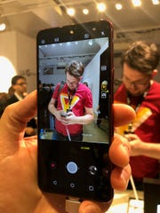 The LG G7 ThinQ camera relies on artificial intelligence