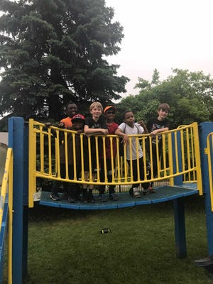 Amerman third-graders made fast friends with kids who reside in the homeless shelter.