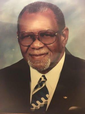 Floyd Morris of Savannah died Nov. 6 at the age of 86.