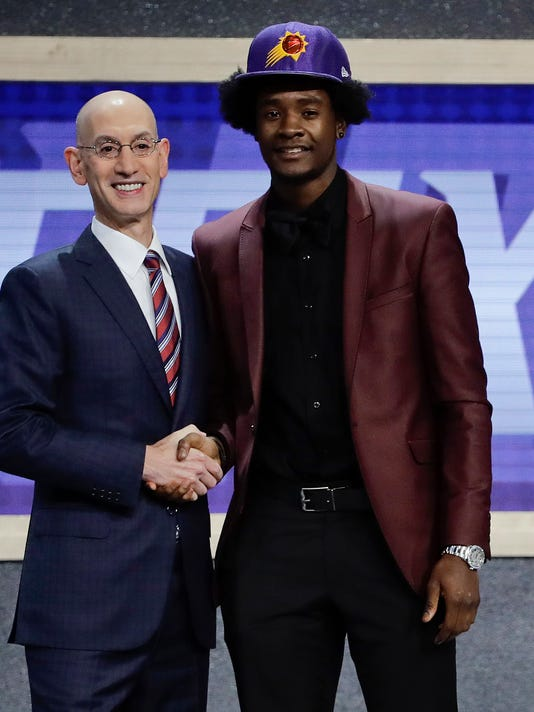 636337594959319119-AP-NBA-Draft-Basketball-NYJJ.jpg