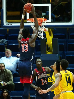 Jan 17, 2018: Arizona Wildcats forward Deandre Ayton (13) dunks the ball against the California Golden Bears during the first half at Haas Pavilion.