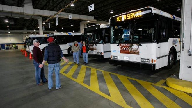 Buses are lined up as all  Liberty Lines Bee-Line buses are installed with Metrocard fareboxes at the garage in Valhalla March 31, 2007. ( Rory Glaeseman / The Journal News )